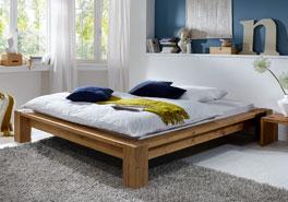 Robuste und stabile Holzliege Alento aus Massivholz