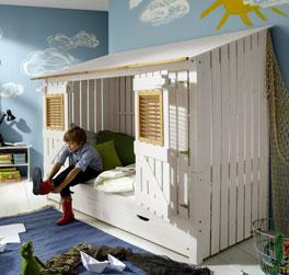 Hüttenbett Strandhaus aus lasierter Kiefer