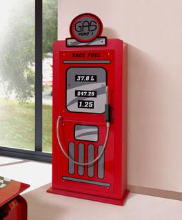 Kleiderschrank Gas Pump aus rot lackiertem MDF