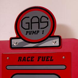 Kleiderschrank Gas Pump mit tollen Applikationen