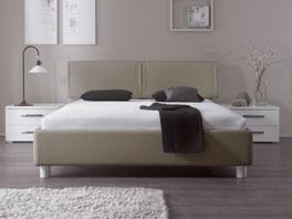 Das Luxusbett Panaro besitz ein hochwertigen Kunstlederbezug