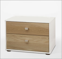 Teilmassiver Nachttisch Koga mit zwei Schubladen