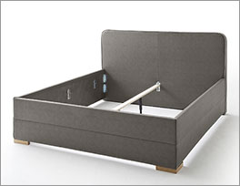 Polster-Doppelbett Sila mit stabilem Mittelholm
