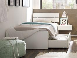 Praktisches und modernes Schubkasten-Bett Mocuba