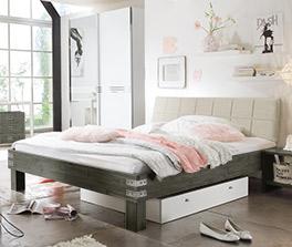 Vintage-Bett Pica aus Akazienholz