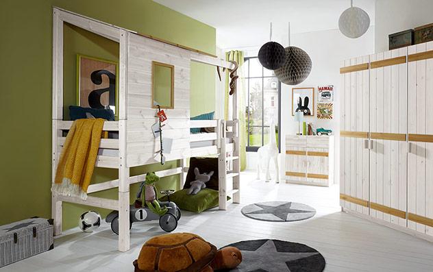Abenteuer-Hochbett Kids Paradise in Weiß mit Kiefer und gerader Leiter, 117cm