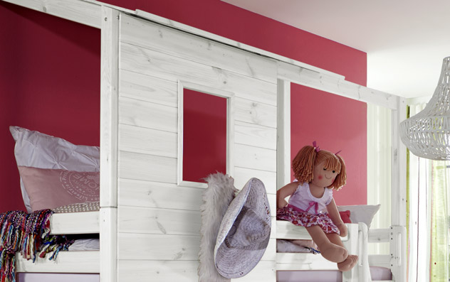 Abenteuer-Hochbett Kids Paradise für Mädchen mit Aufbau inklusive Fenster