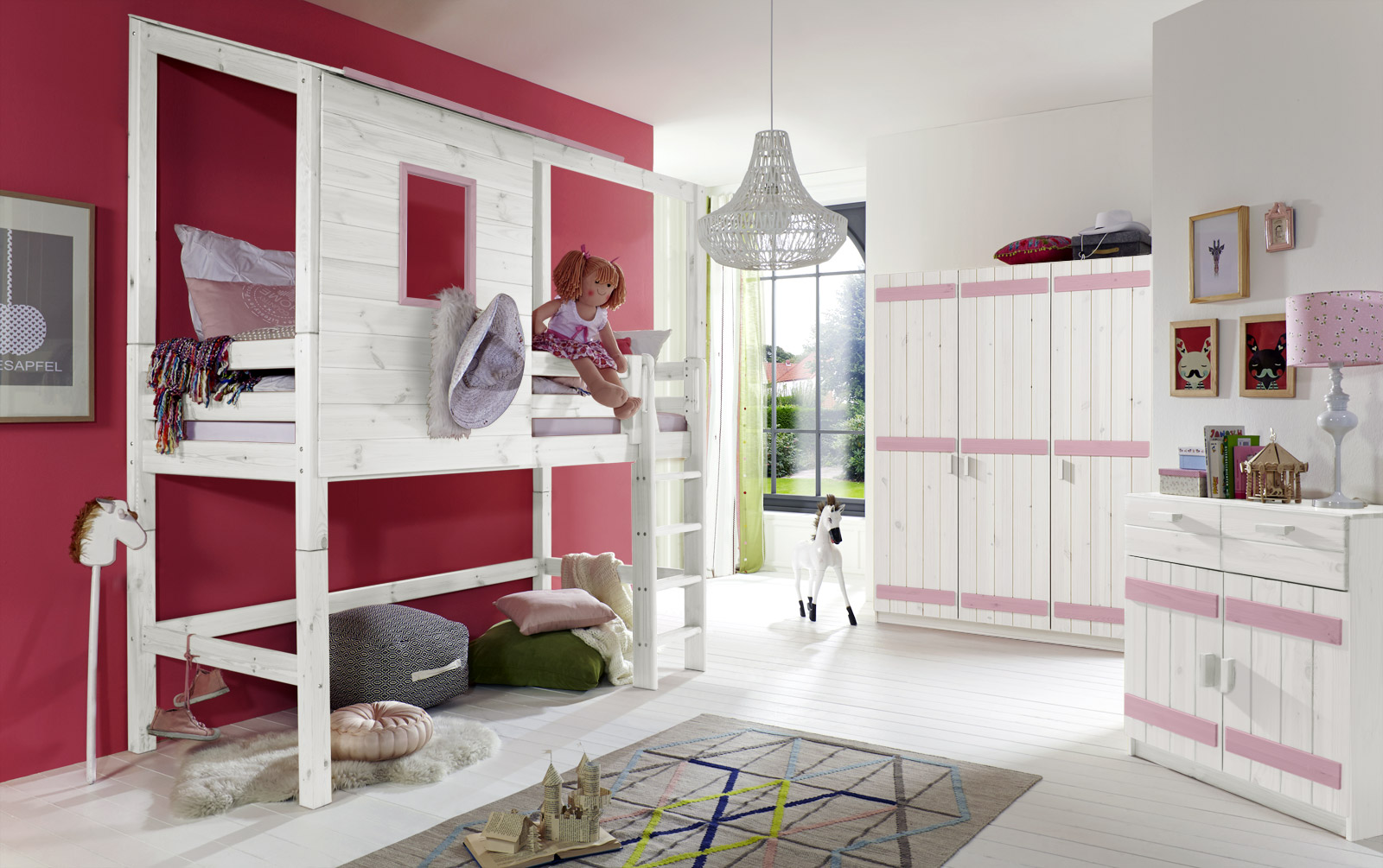 extra hohes abenteuer hochbett f r m dchen kids paradise. Black Bedroom Furniture Sets. Home Design Ideas