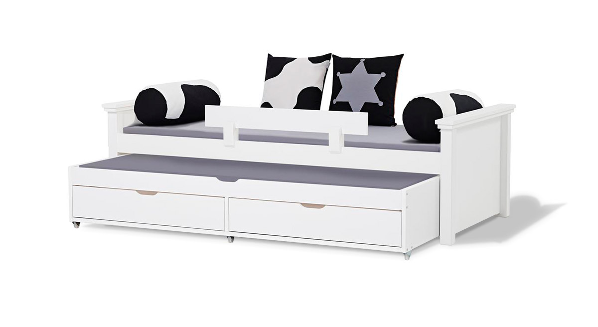 wei es ausziehbett 90x200cm inklusive lattenrost kids royalty. Black Bedroom Furniture Sets. Home Design Ideas