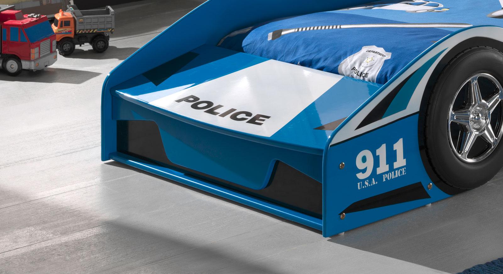 Autobett Blue Light im Polizei-Design