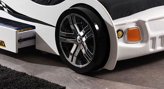 Autobett Drift weiß mit verchromten Felgen