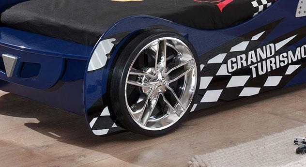 Rad vom Autobett Hero blau mit echten Felgen