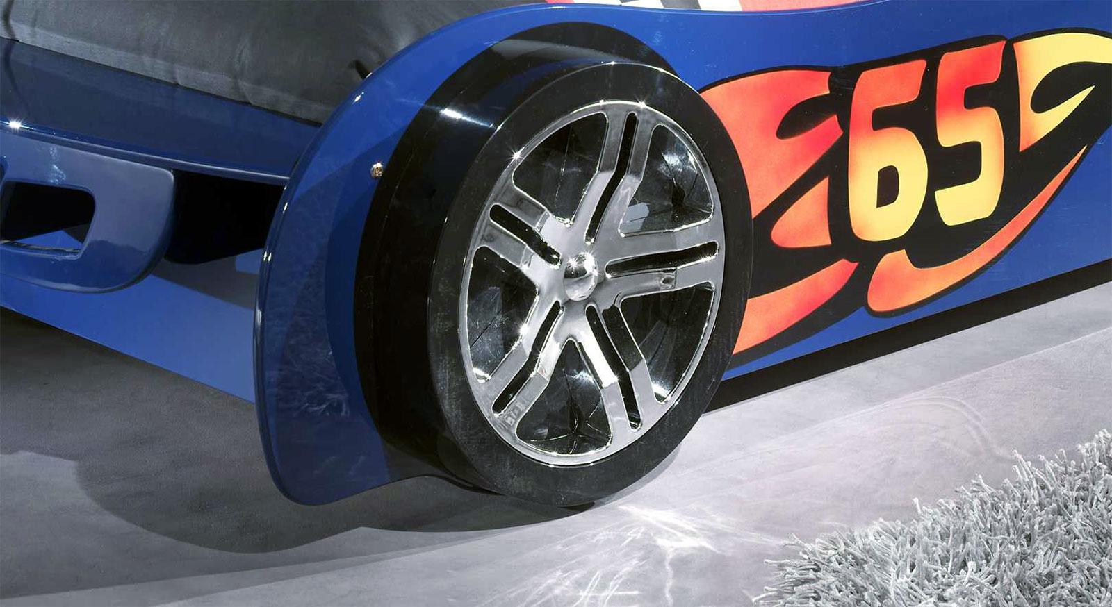 Fuß vom Autobett Tuning blau mit Alufelgen-Nachbildung