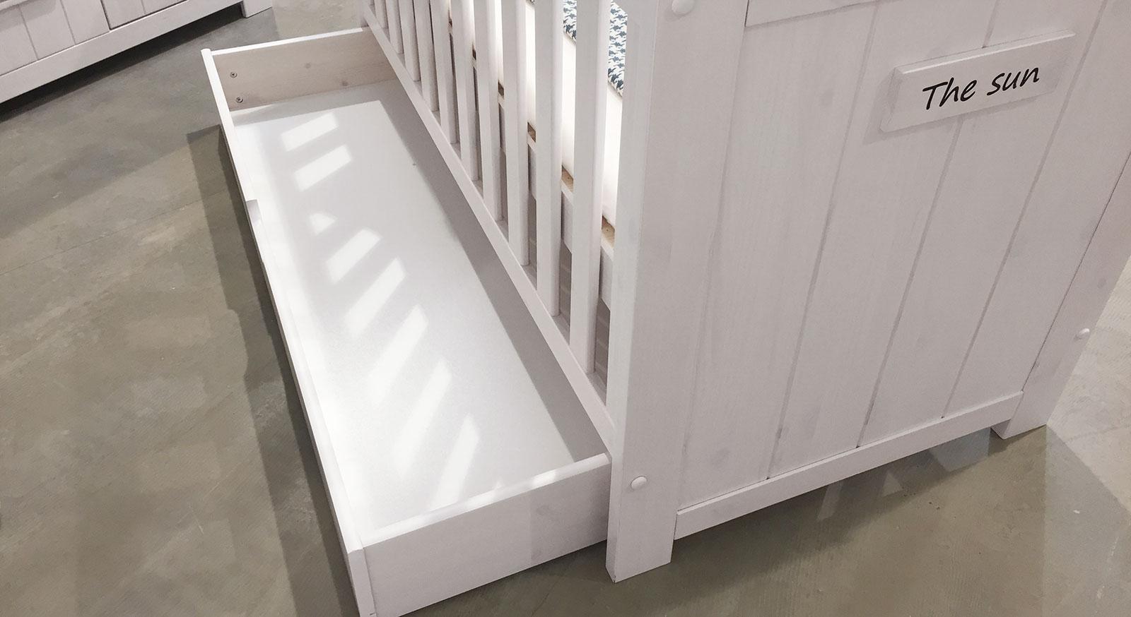 Babybett Coastline mit Schublade für zusätzlichen Stauraum