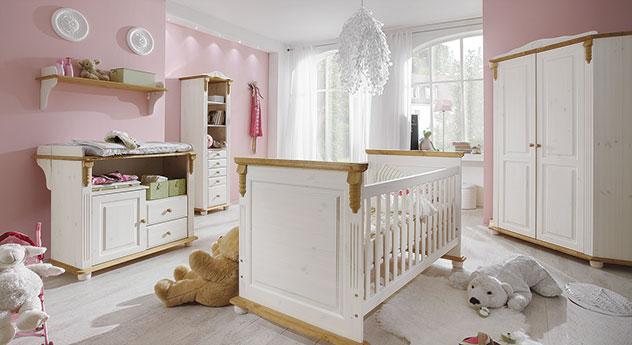 Babyzimmer Countryside mit praktischem Eck-Kleiderschrank