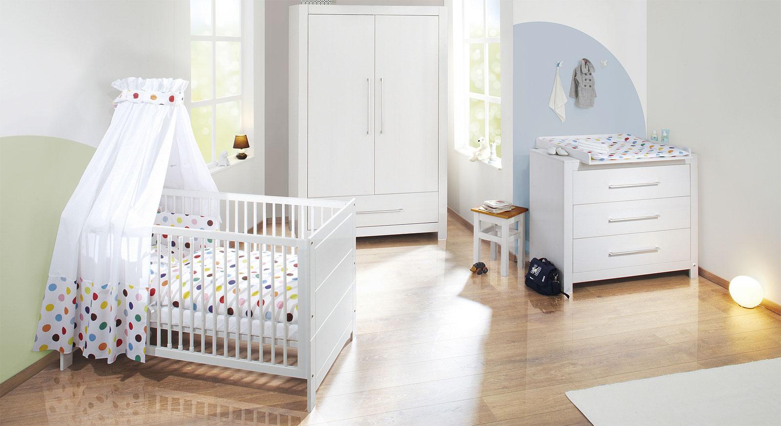 Babyzimmer Puro aus massiver Fichte in Weiss