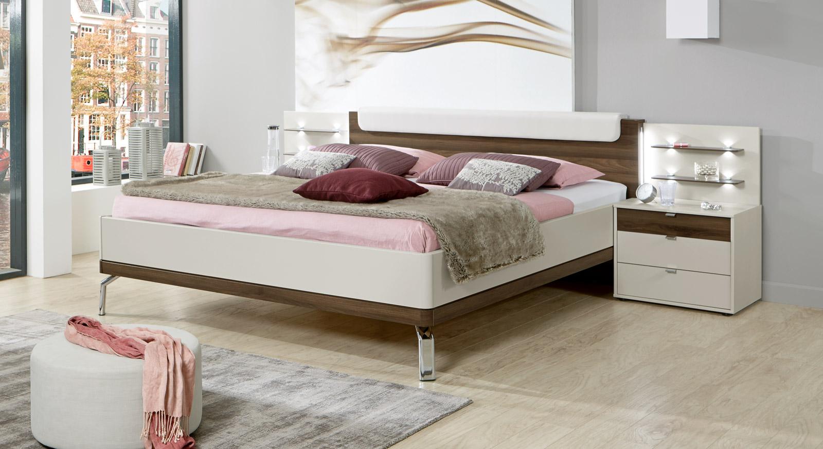 Jugendliches Bett Akola mit einer Bettrahmenhöhe von 48 cm