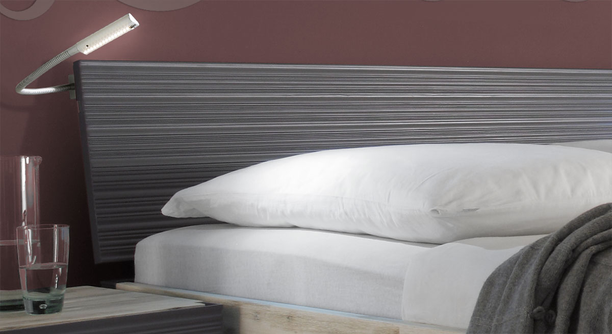 Bett Ancona Kopfteil mit profilierter Oberfläche