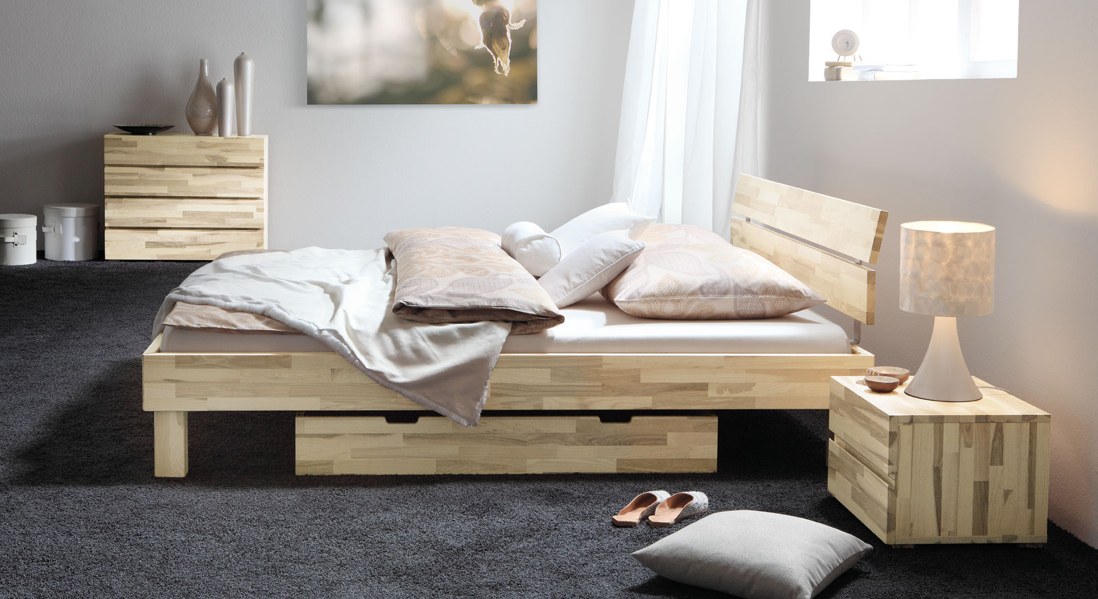 Massivholzbett aus Esche optional mit Schubkästen - Arvada