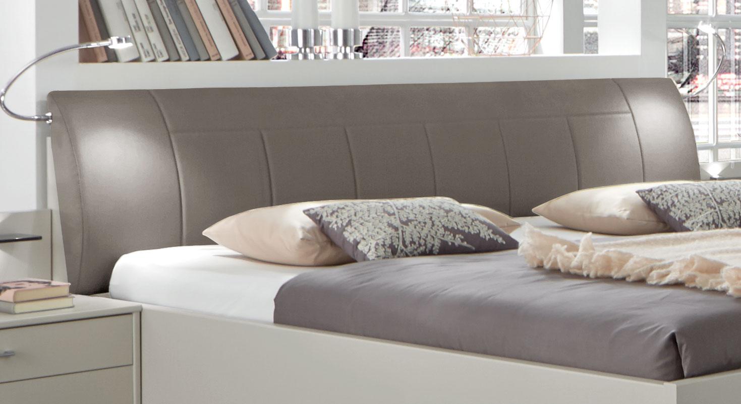 Bett Baria mit Kopfteil aus Kunstleder