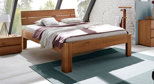massives eichenbett naturfarben ge lt bayamo. Black Bedroom Furniture Sets. Home Design Ideas
