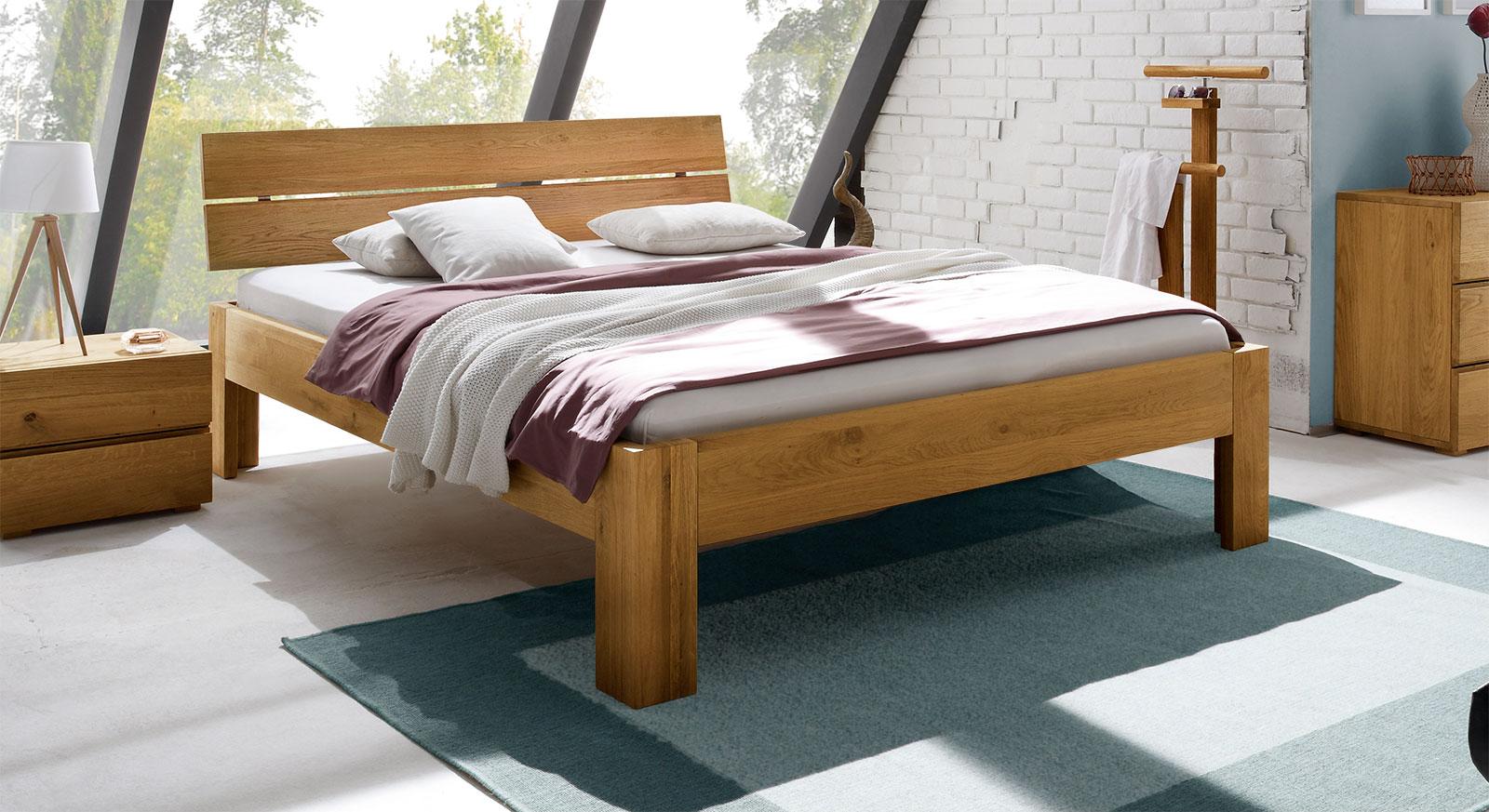 Bett Bayamo in 25cm Höhe, Eiche naturfarben