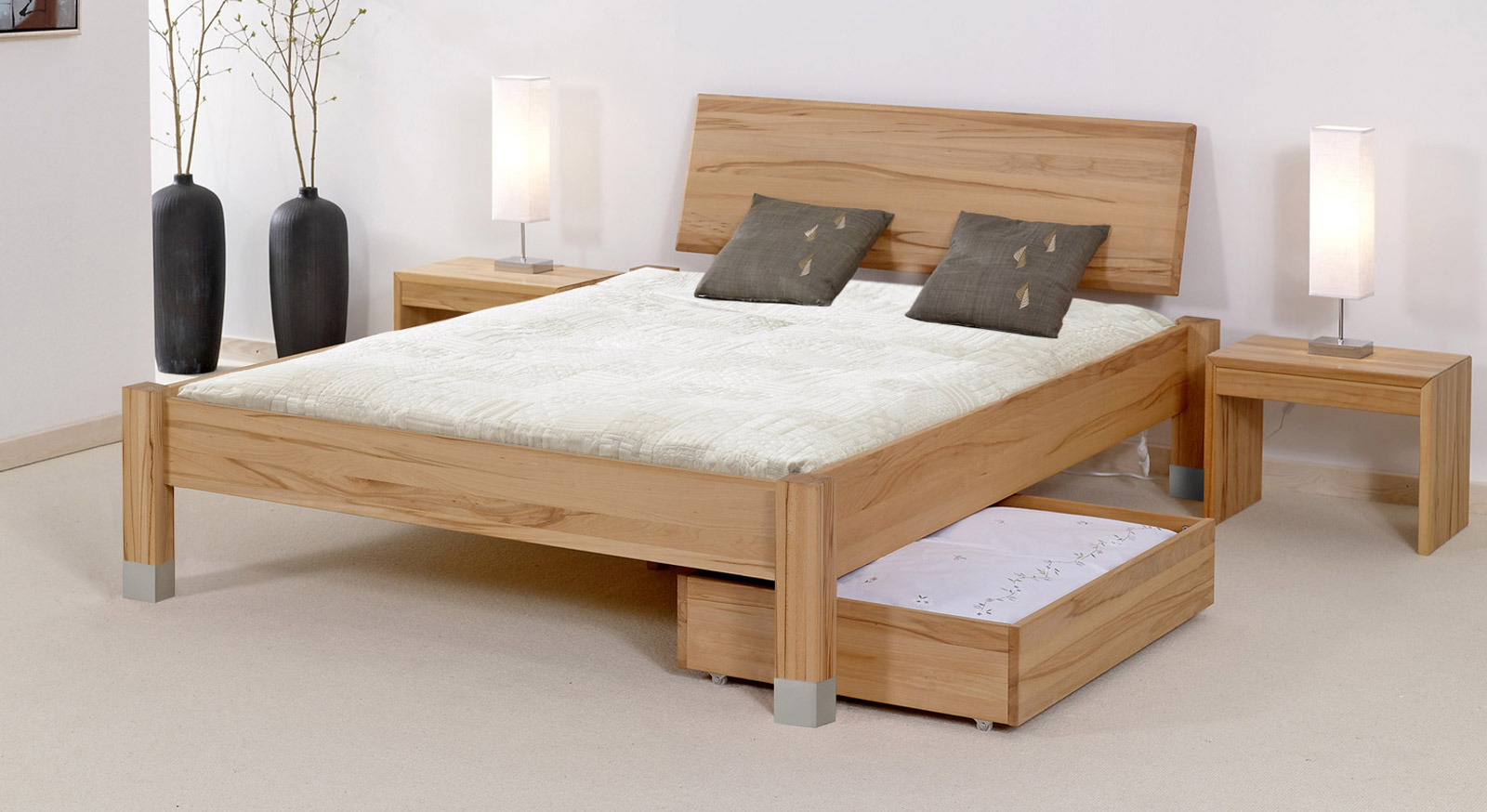 Bett Bergamo mit passenden Produkten