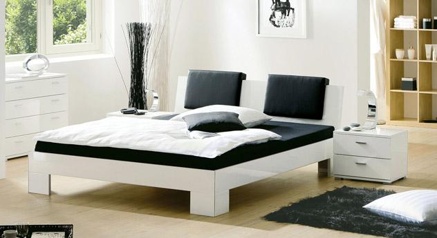 Bett Black & White Hochglanz weiß