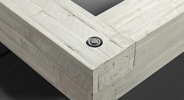 Rahmen vom Bett Buena mit Schrauben aus Stahl