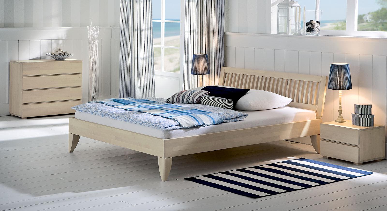 wei lackiertes massivholzbett costa blanca. Black Bedroom Furniture Sets. Home Design Ideas