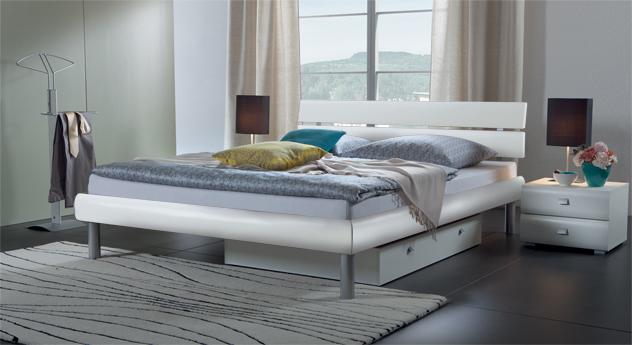 Bett Diego hochwertig in Weiß matt.