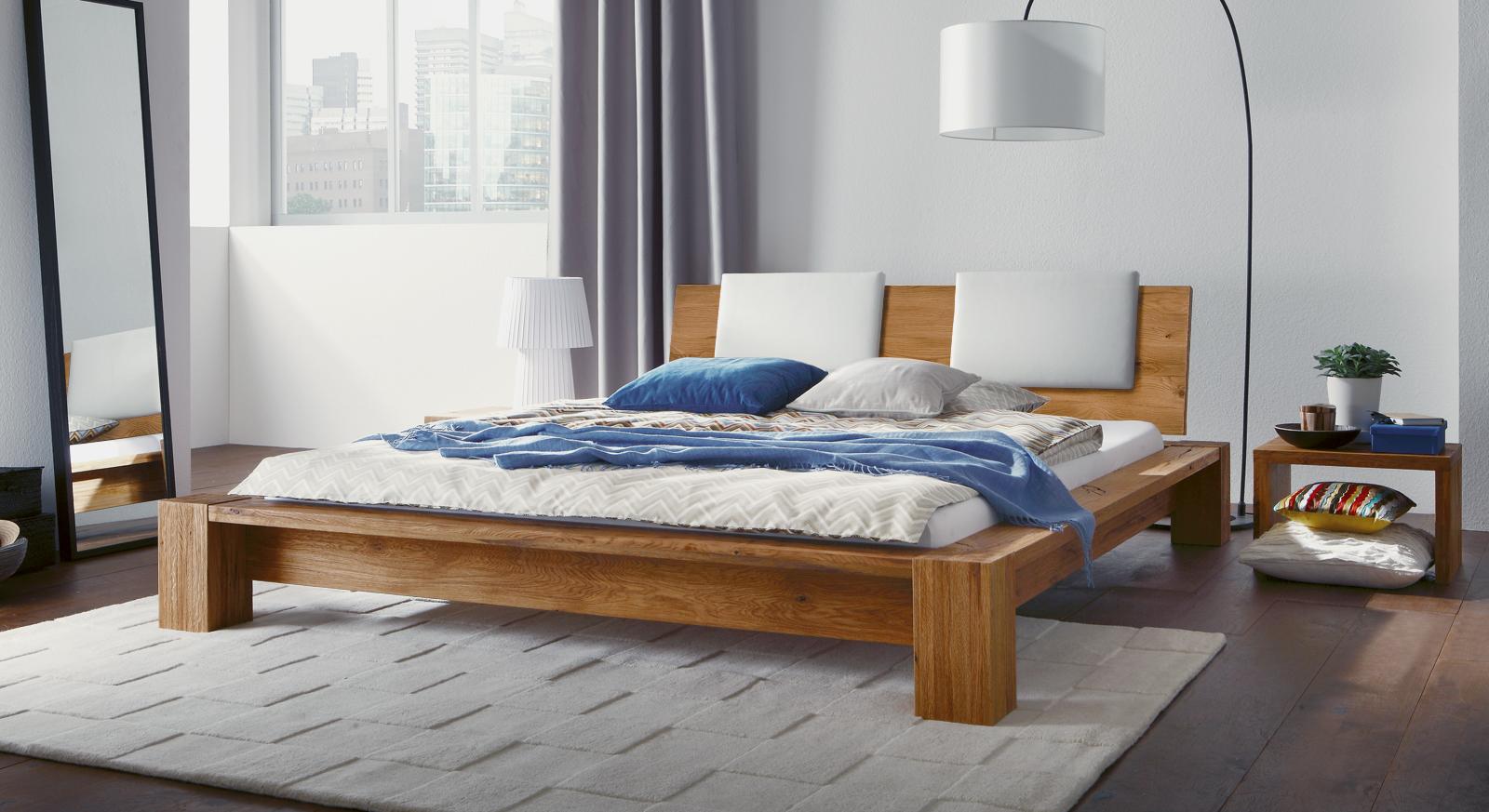 bett massivholz 180 200 catlitterplus. Black Bedroom Furniture Sets. Home Design Ideas