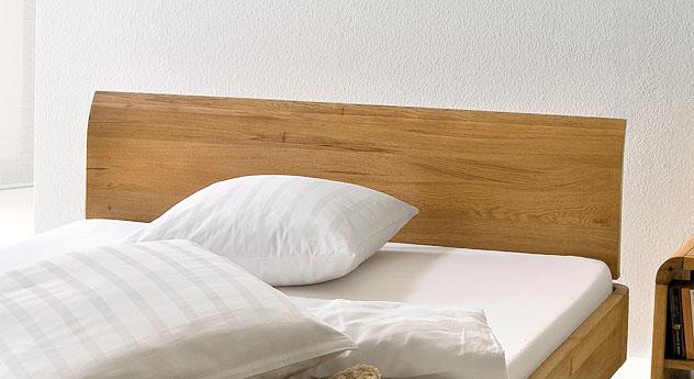Bett Ecuador mit Kopfteil