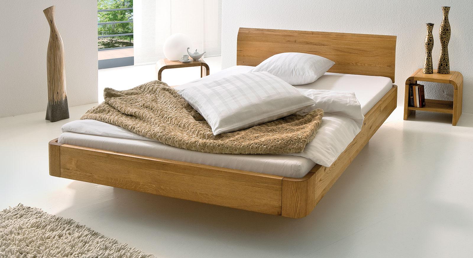 wundersch nes massivholzbett ecuador mit kurzer lieferzeit. Black Bedroom Furniture Sets. Home Design Ideas