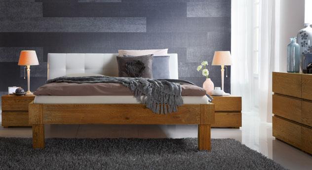 Bett Faro in Eiche natur mit 25cm hohen Füßen
