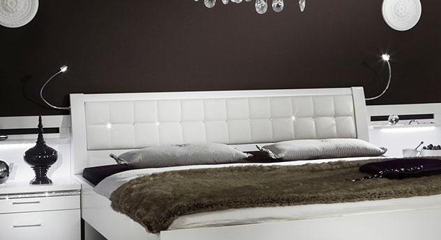Alpinweißes Bett Huddersfield Kopfteil im Detail
