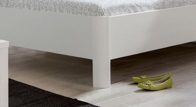 Bett Koga mit einer Bettrahmenhöhe von 48 cm