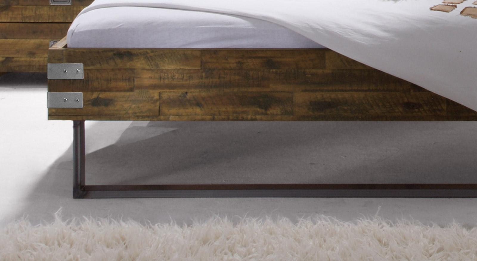 Stabiler Stahl-Fuss vom Bett Konna