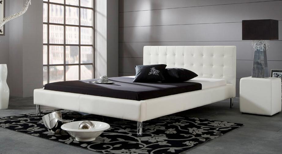 Modernes Bett Lamone in schlichtem Weiß