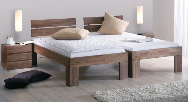 Bett Lucca Komfort in Nussbaum mit einer Fußhöhe von 30cm