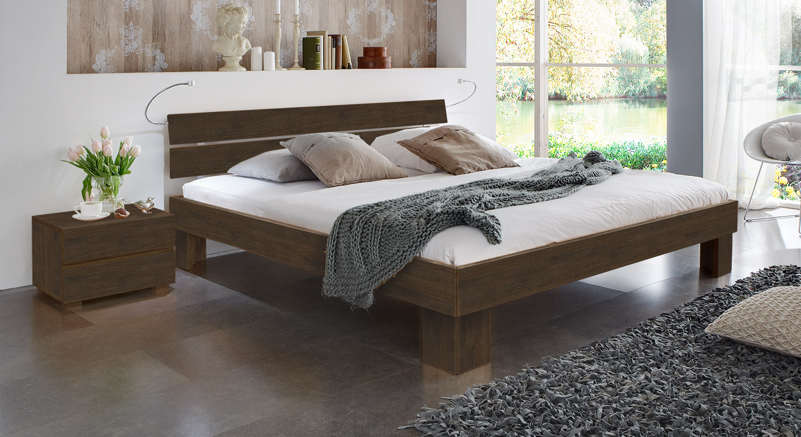 Bett Lucca Komfort in Buche wenge mit einer Fußhöhe von 25cm