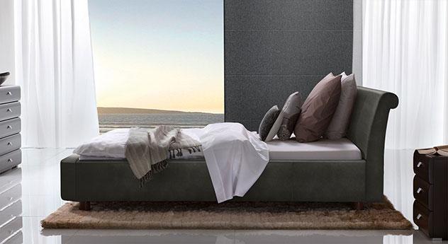 Bett Macuma in Luxus-Kunstleder anthrazit mit 10 cm Fußhöhe