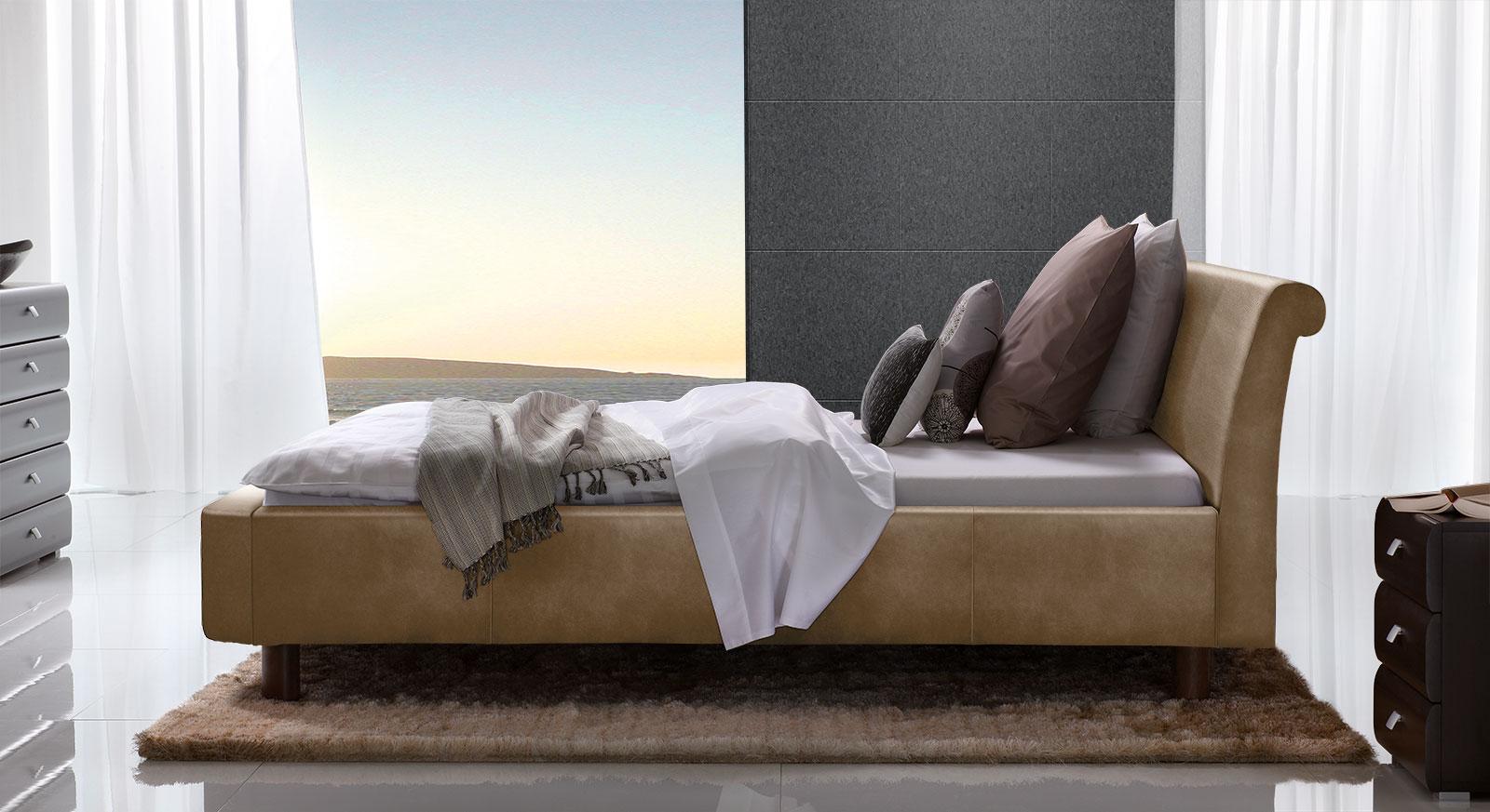 Bett Macuma in hellbraunem Luxus-Kunstleder mit 20 cm Fußhöhe