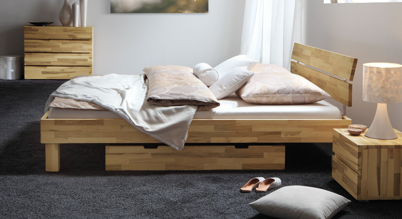 schickes holzbett madrid in buche online kaufen. Black Bedroom Furniture Sets. Home Design Ideas