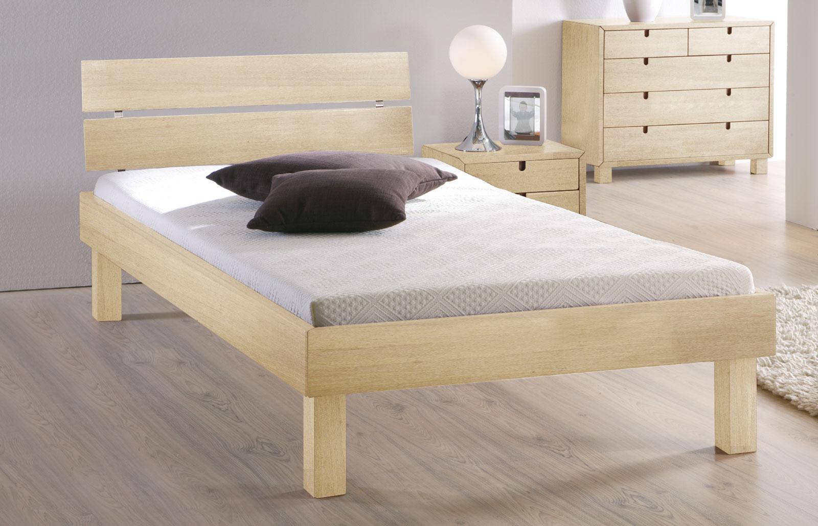 Doppelbett Madrid Komfort in weiß aus Buche