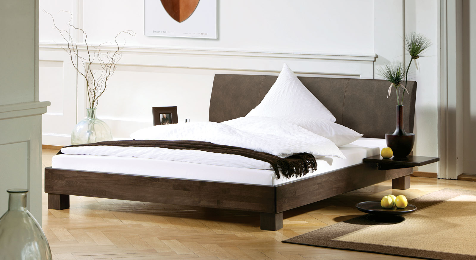bett mit lehne aus luxus kunstleder g nstig kaufen marbella. Black Bedroom Furniture Sets. Home Design Ideas