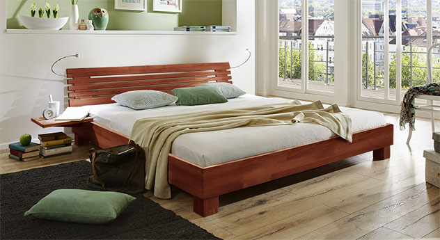 Bett Marmore aus Massivholz in Buche kirschbaumfarben