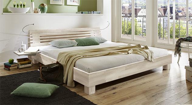 Bett Marmore aus Massivholz in Buche weiss