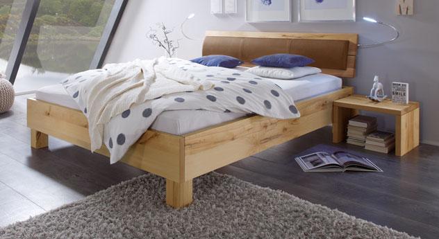 Modernes Bett Merubo in Wildbuche natur