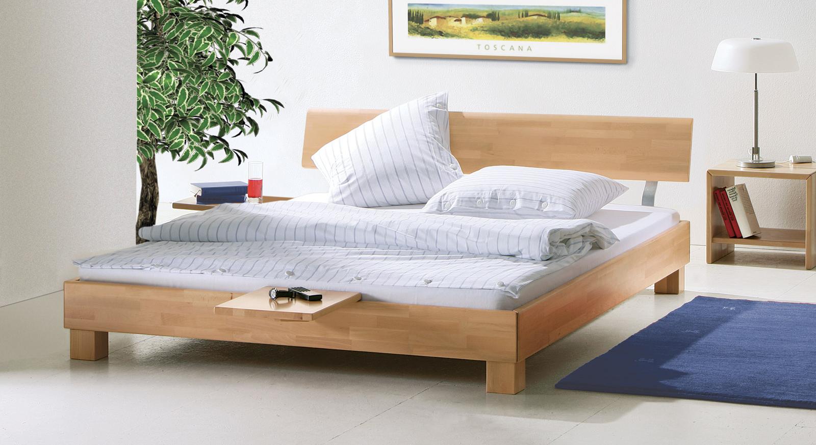 Kleiderschrank Aus Massivholz Schlafzimmer